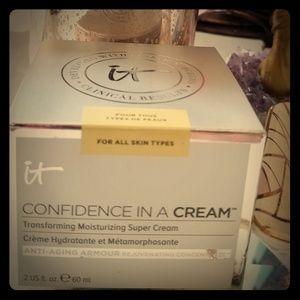NIB-It Cosmetics Confidence In A Cream
